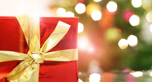 One tried-and-true way to show your appreciation is the Christmas bonus, and here are some things to consider when arriving at a figure.
